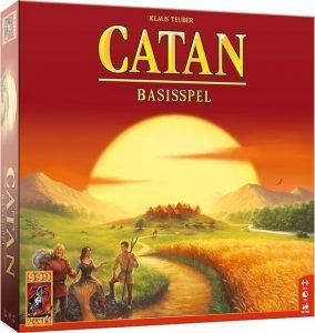 Catan basisspel; Geschikt voor 3 tot 4 spelers vanaf 10 jaar. Speelduur: +/- 90 minuten.