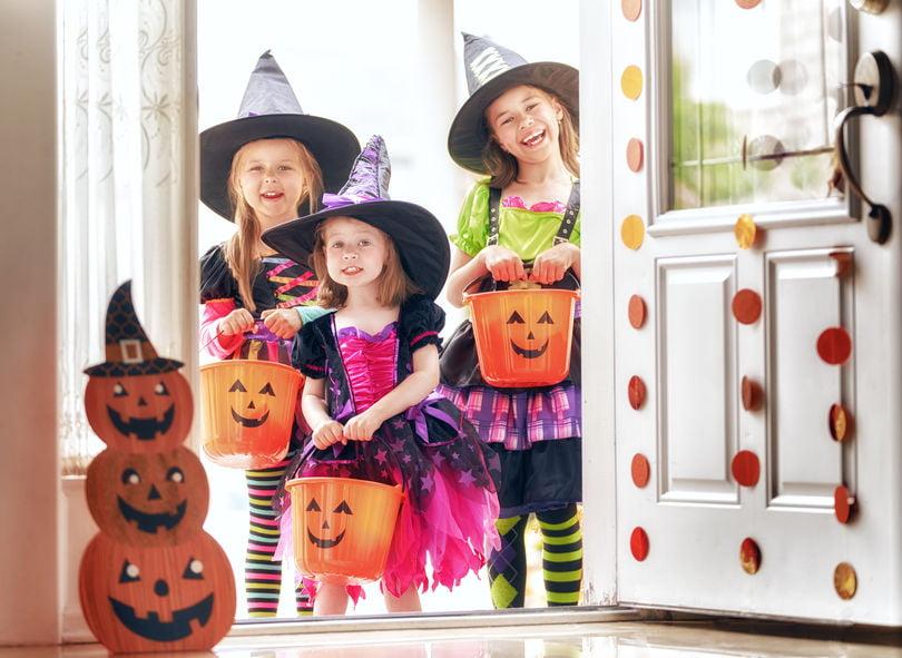 Halloween decoratie zelf maken; Leuke knutselpakketten voor kinderen